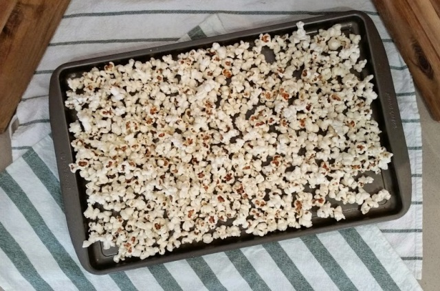Halloween Caramel Corn Popcorn 2