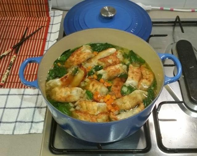 Easy Asian Potsticker Soup | www.whiskeyandchanel.com